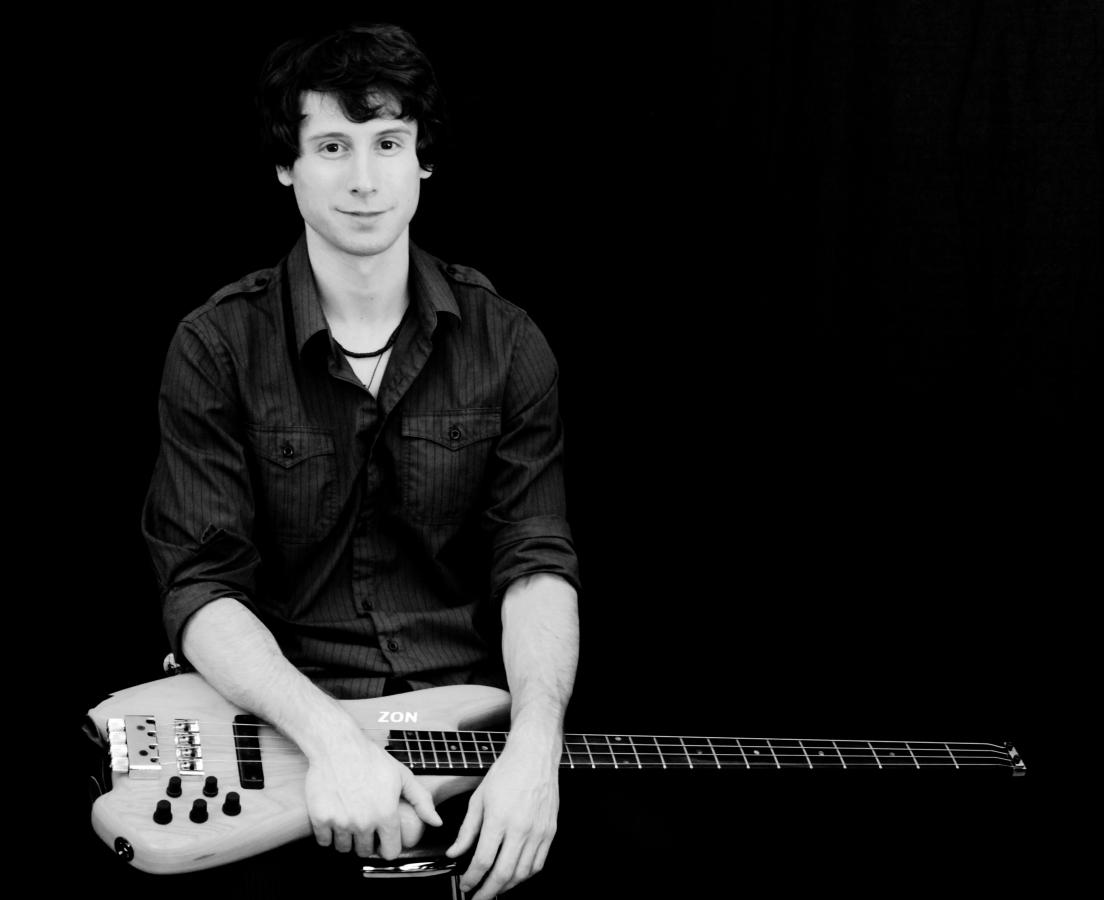 zander zon bass guitar