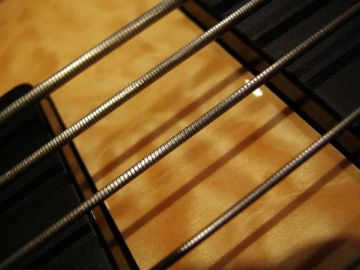 the ultimate beginner 39 s guide to everything about bass guitar strings. Black Bedroom Furniture Sets. Home Design Ideas