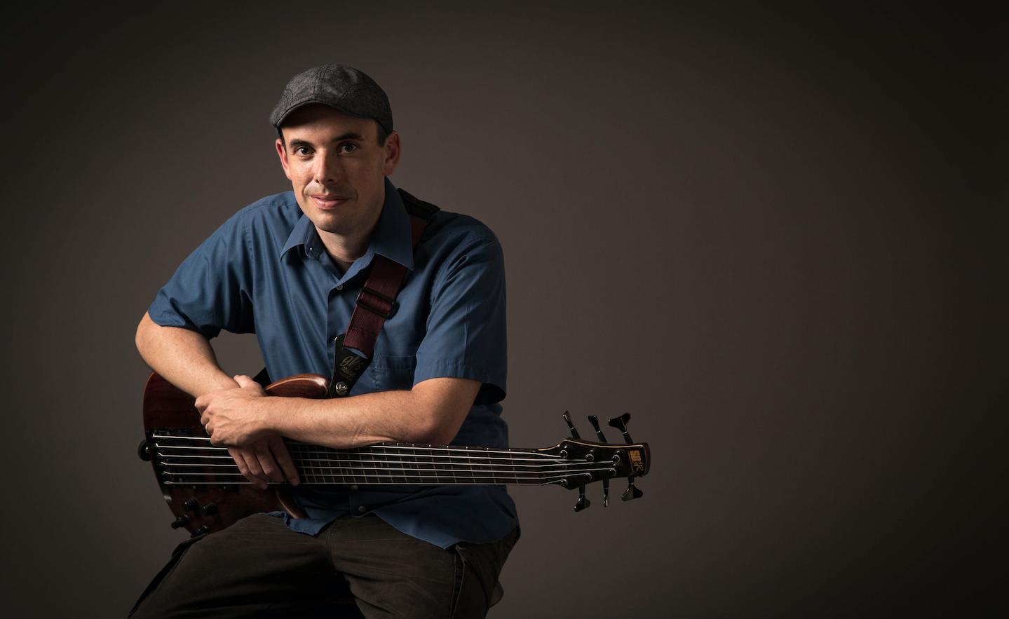 scott varney bass player headshot